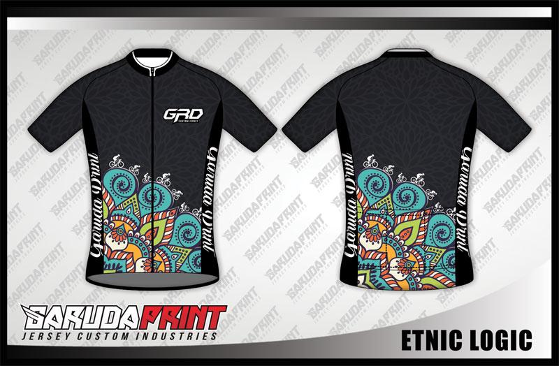 Desain Kaos Sepeda Road Bike Code Etnic-Logic Bernuansa Batik