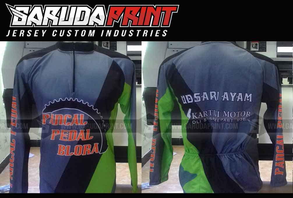 Baju Sepeda Full Print Gradasi Warna Abu Abu Bergaya Modern