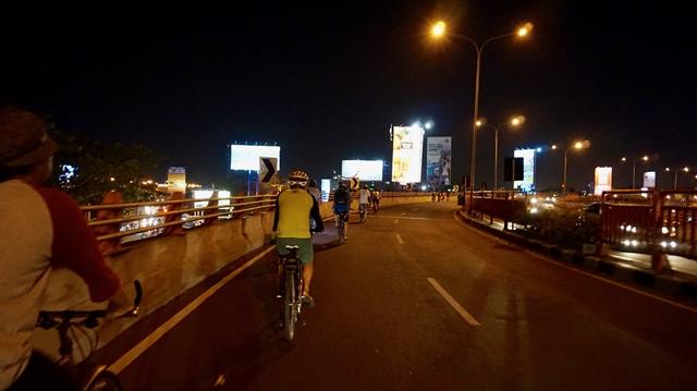Tips Bersepeda Di Malam Hari Yang Harus Kamu Ketahui