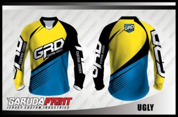 Desain Baju Sepeda Gunung Kode Ugly Yang Trendy