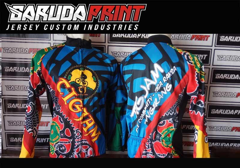 Kaos Sepeda Printing Warna Hitam Biru Motif Galaxy