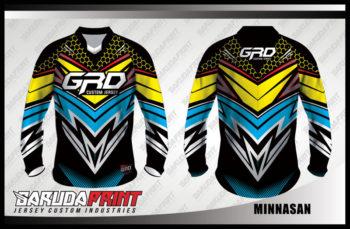 Baju Sepeda Custom Kombinasi Warna Paling Keren